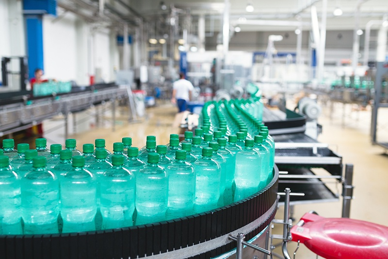 shutterstock_506737564_drink_production_manufacturing_800px.jpg